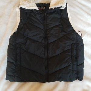 NWT Pao SPORTS vegsn down & Shearling vest L